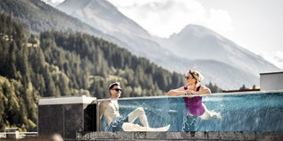 Hotels an der Piste - Pools: Innenpool - Tiroler Unterland - Aktiv-& Wellnesshotel Bergfried