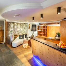 Skihotel: Réception - Boutique Hotel Laret