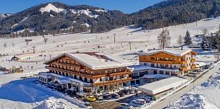 Hotels an der Piste - Pools: Innenpool - Tiroler Unterland - Naturhotel Kitzspitz