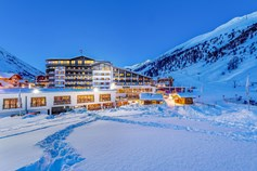 Hotels an der Piste - Pools: Innenpool - Obergurgl - Alpen-Wellness Resort Hochfirst