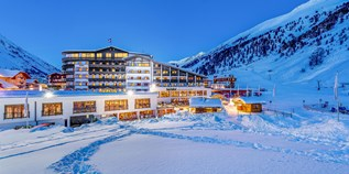 Hotels an der Piste - Pools: Innenpool - Ötztal - Alpen-Wellness Resort Hochfirst